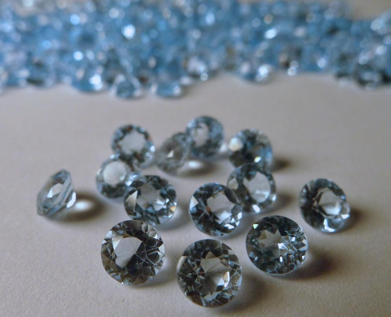 Natural Sky Blue Topaz 4mm 100 Pieces Lot Faceted Cut Round Blue Color - Natural Loose Gemstone