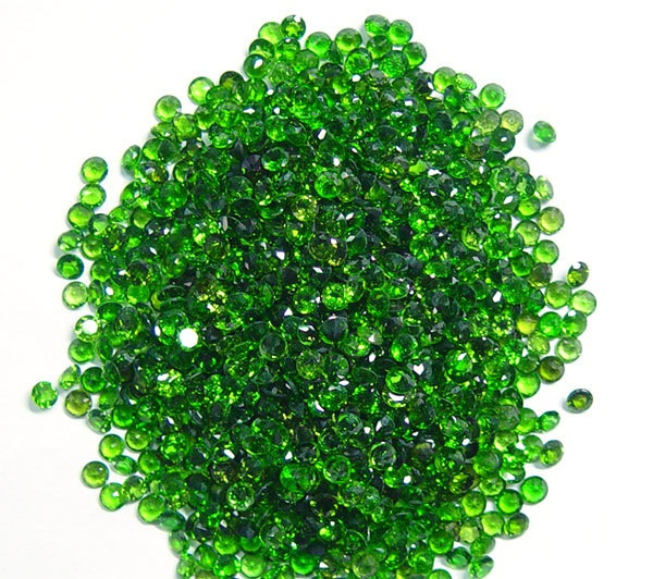 Natural Chrome Diopside- 2.25mm 100 Pieces Lot Faceted Round Calibrated Size Green Color - Loose Gemstone