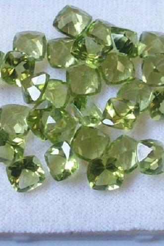 4mm Natural Peridot Faceted Cut Cushion 50 Pieces Lot Calibrated Size VS Quality Green Color Loose Gemstone