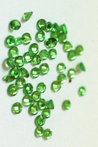 Natural Tsavorite 2.5mm 100 Pieces Lot Faceted Cut Round Green Color Top Quality Loose Gemstone