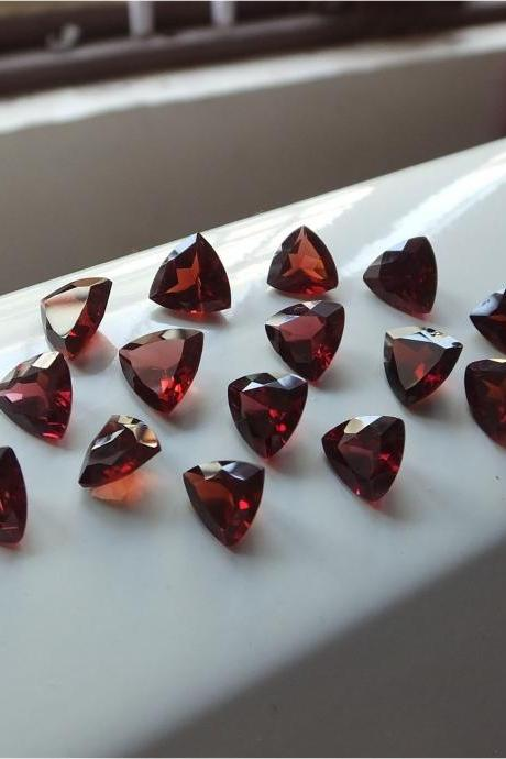 Natural Red Garnet 6mm 5 Pieces Lot Faceted Cut Trillion Red Color Top Quality Loose Gemstone