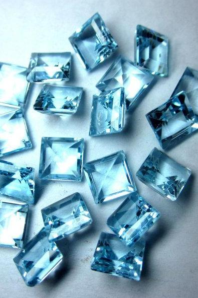 Natural Sky Blue Topaz 4mm 50 Pieces Lot Faceted Cut Square Blue Color - Natural Loose Gemstone