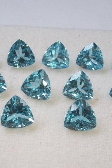 Natural Sky Blue Topaz 8mm 25 Pieces Lot Faceted Cut Trillion Blue Color - Natural Loose Gemstone