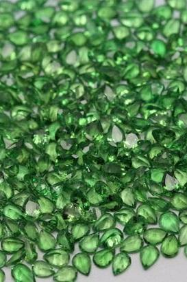 5x4mm Natural Tsavorite Faceted Cut Pear 50 Pieces Top Quality Green Color - Loose Gemstone Wholesale Lot For Sale