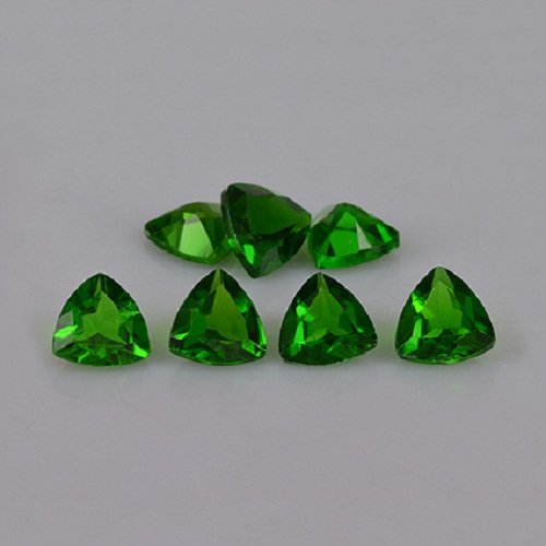 Natural Chrome Diopside- 3mm 50 Pieces Lot Faceted Trillion Calibrated Size Green Color - Loose Gemstone